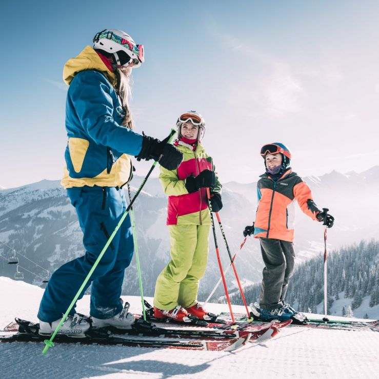 PRIVATE SKI AND SNOWBOARD LESSONS